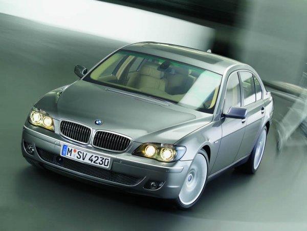 BMW 7 sedan