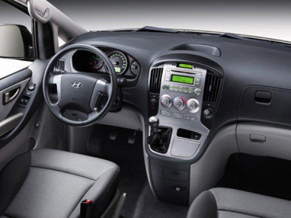 Hyundai H1 Tour